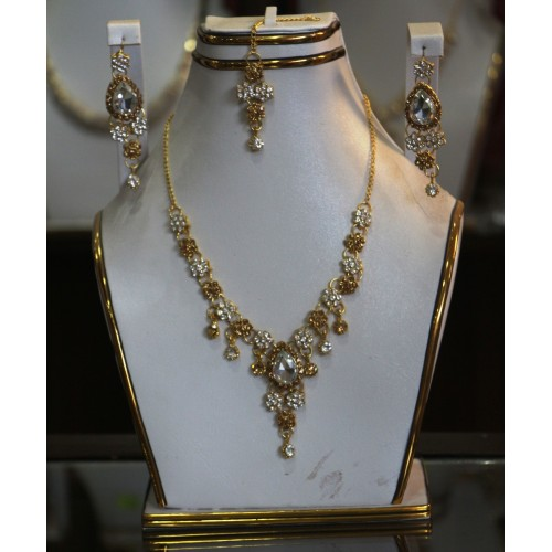 Trendy traditional jewelry set 7