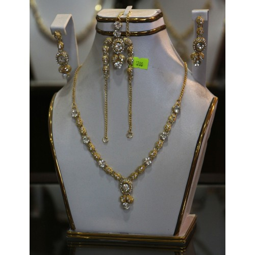 Trendy traditional jewelry set 8