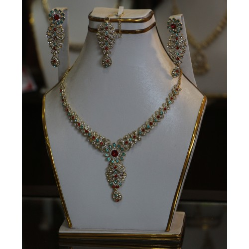 Trendy traditional jewelry set 9