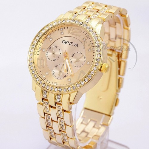 2017 New Famous Brand Women Gold Geneva Stainless Steel Quartz Watch Military Crystal Casual Analog Watches.jpg 640x640